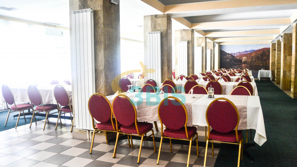 Hotel Oltul  din Calimanesti-Caciulata Oferte și tarife. Birou de Rezervari. Calculează-ți oferta singur, in 2 minute!